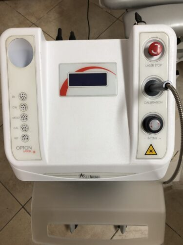 Vendo laser Opton Mectronic